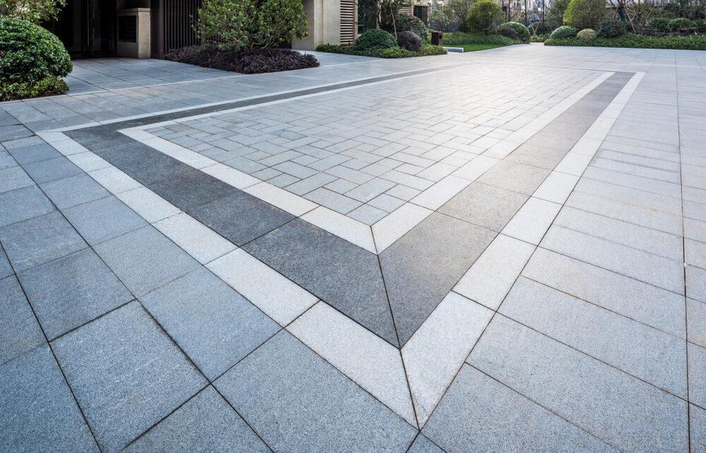 Verschillende soorten terrastegels 100×100 kopen